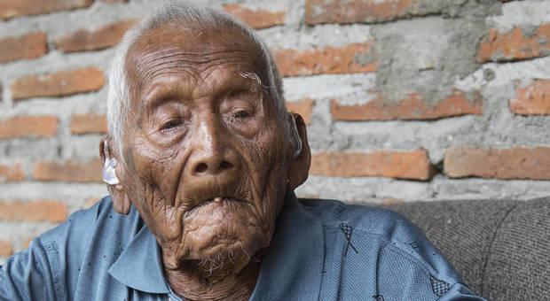Morto a 146 anni l'uomo più vecchio del mondo