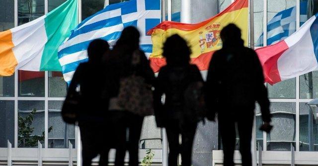 Fuga dall'Italia per trovare lavoro: via in 800mila