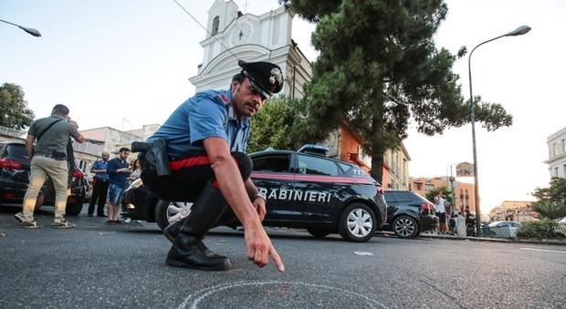 Napoli, agguato vicino la metro di Piscinola: ferito 15enne