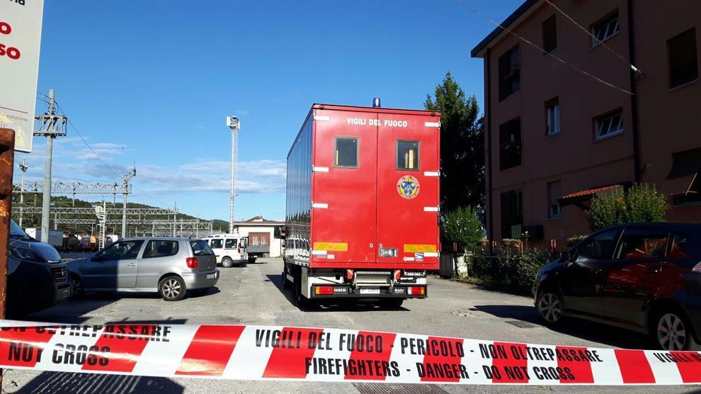 Monfalcone, treno perde gas argon: stazione chiusa