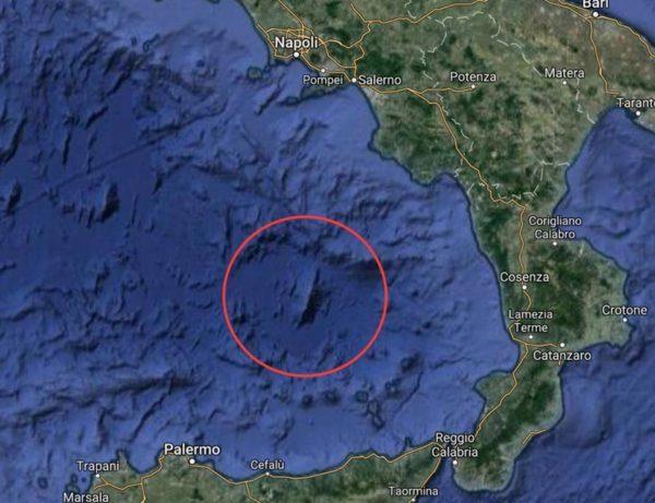 Calabria, scossa di terremoto magnitudo 4.3 vicino al vulcano sommerso Marsili