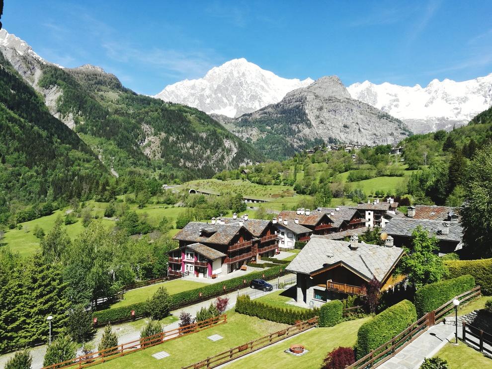 Desiderate una gita fuori porta ecco i 20 borghi pi for Vista sulla valle cabine colline hocking