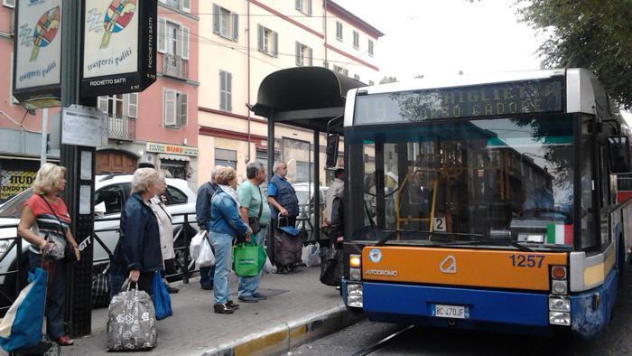 Ragazzina aggredita sul bus a Torino perché nera