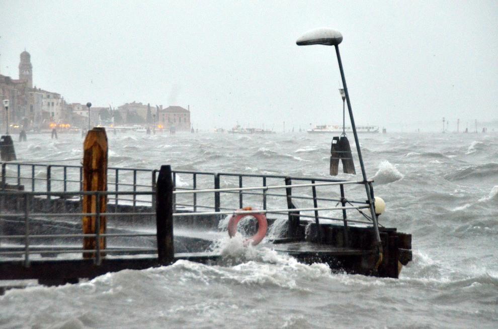 Maltempo, in arrivo pioggia, vento e neve sull'Abruzzo