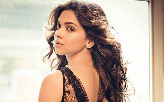 Minacce all'attrice Deepika Padukone: