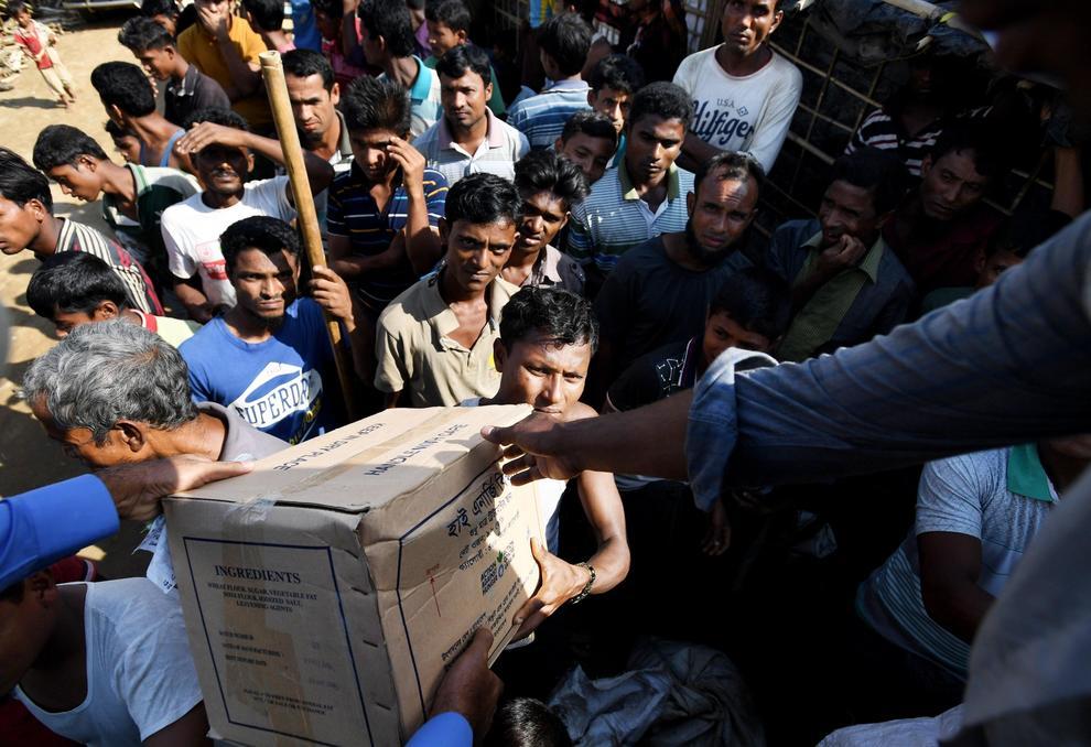 Birmania, la strage dei Rohingya: