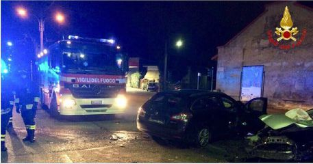 Scontro in provincia di Varese, morta una giovane di 25 anni
