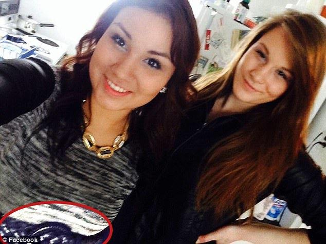 Selfie con l'amica che poco dopo strangolerà: 21enne incastrata grazie a Facebook FOTO