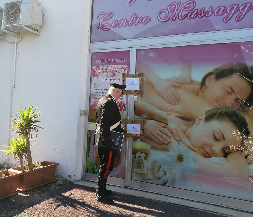 Sulla Paullese centro massaggi nasconde prostituzione