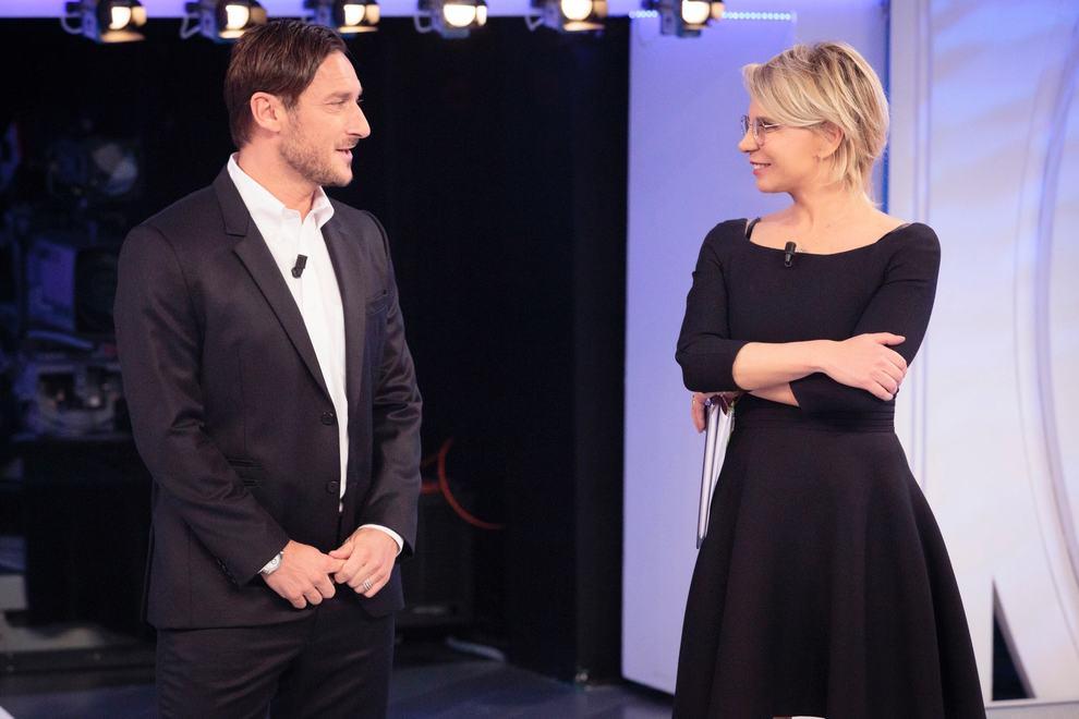 C'è Posta Per Te, anticipazioni: stasera ospiti Giorgia e Francesco Totti