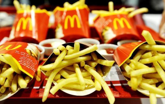 Addio calvizie? Ingrediente delle patatine fritte di McDonald's fa ricrescere i capelli