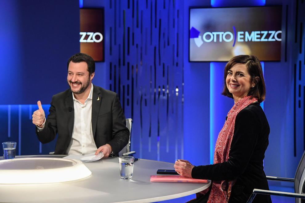 Duello Boldrini-Salvini in tv sui migranti