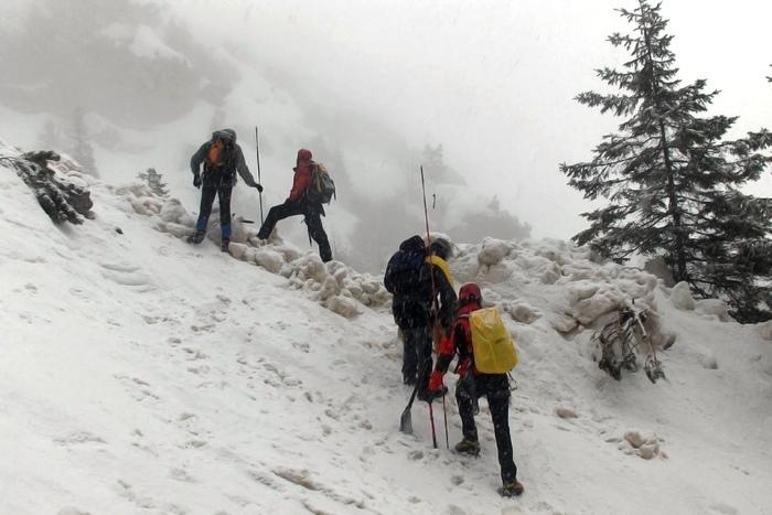 Lecco, valanga travolge tre alpinisti: due morti, uno disperso