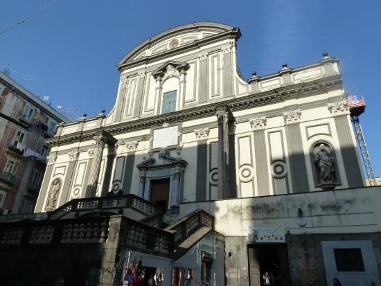 Napoli, zona Tribunali: crolla ex monastero, non ci sono vittime