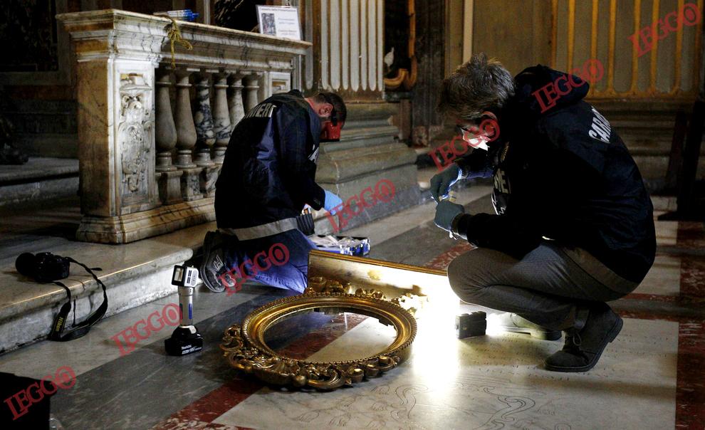 Roma: furto nella Chiesa Nuova in Corso Vittorio Emanuele