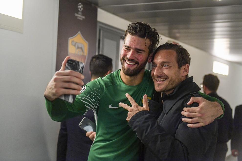 Roma, Totti pizzica gli spagnoli: