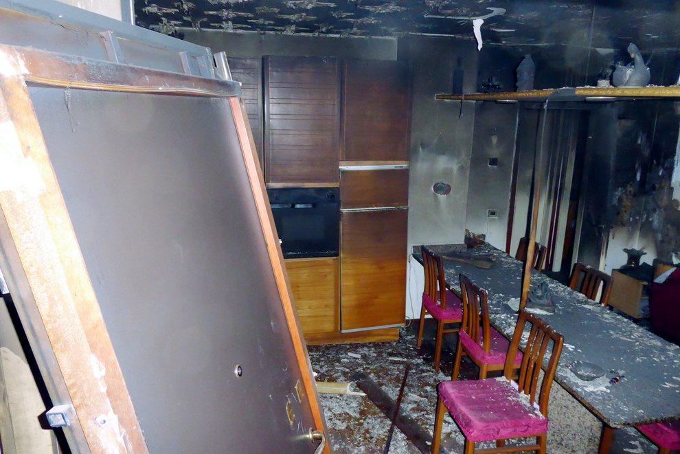 Milano, una donna anziana è morta carbonizzata in casa