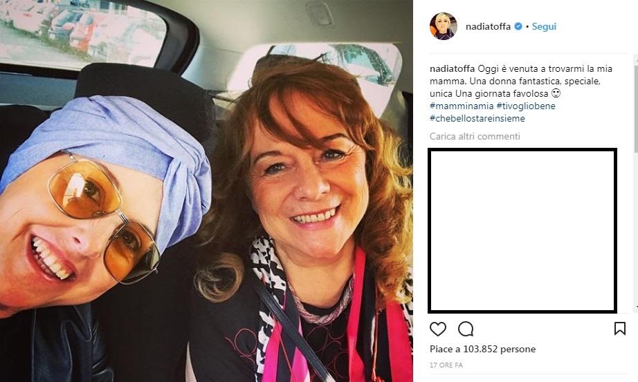 Nadia Toffa si mostra senza parrucca:
