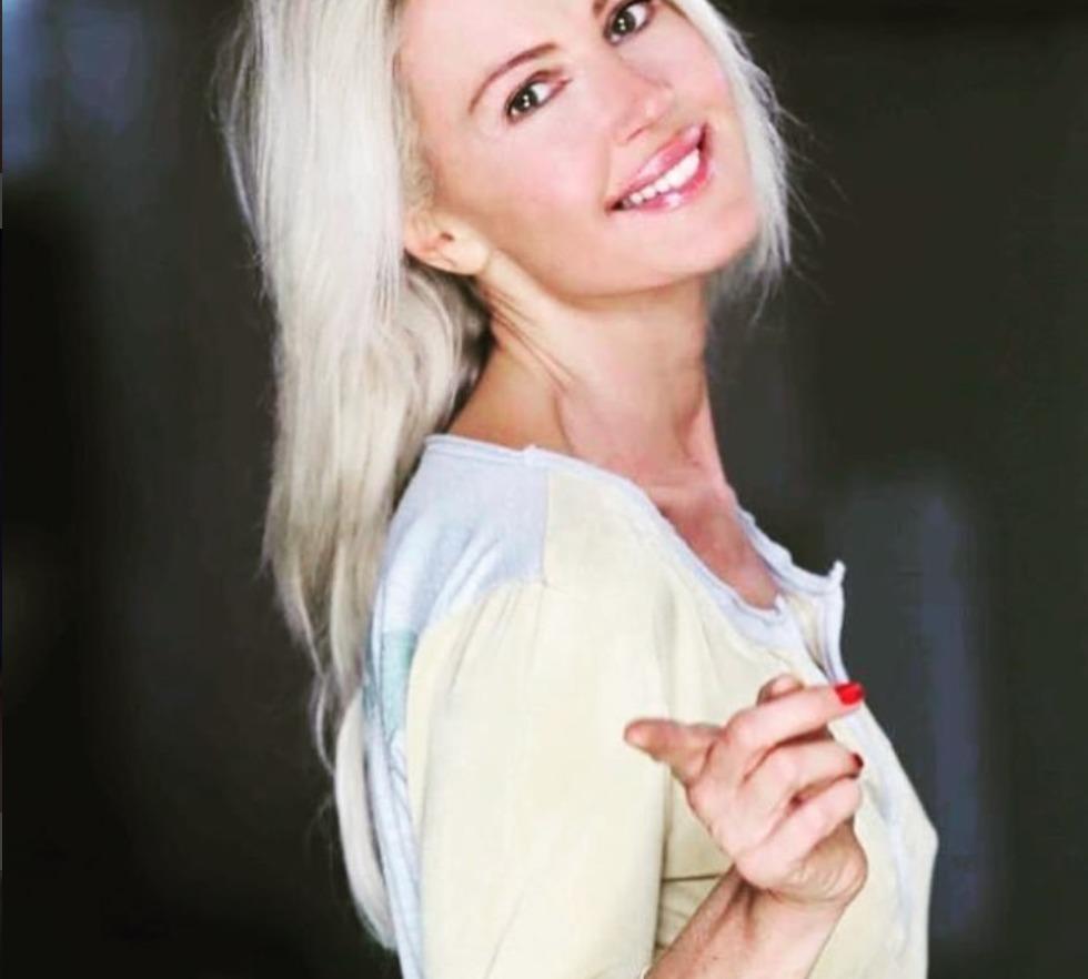 Nathalie Caldonazzo, grave incidente con l'auto a Roma: ricoverata in codice giallo