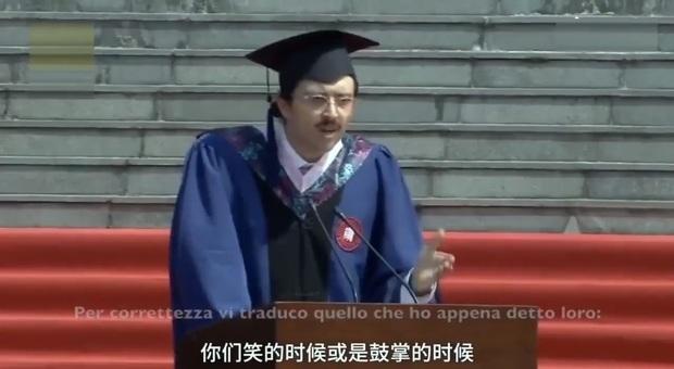 Cina, discorso dello studente italiano che ha