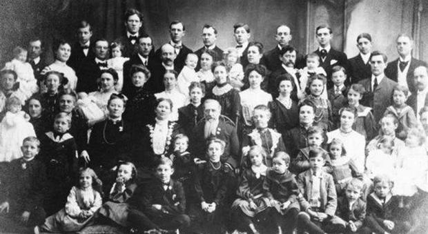 La donna più fertile al mondo: ha avuto 69 figli