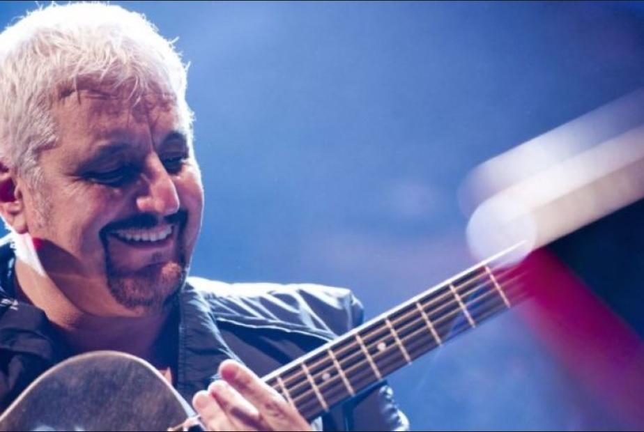 Napoli, Jovanotti omaggia Pino Daniele: 'Per me era la musica in persona'