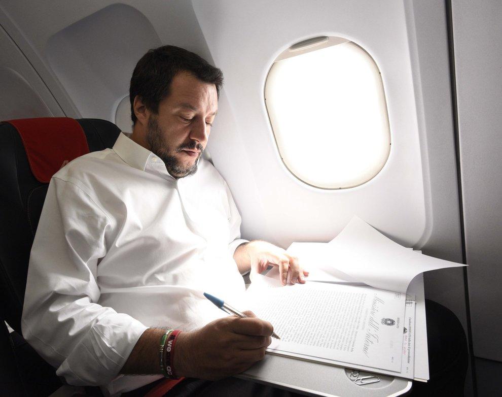 Dall'Italia/Alta tensione Italia-Tunisia per le frasi di Salvini sui migranti