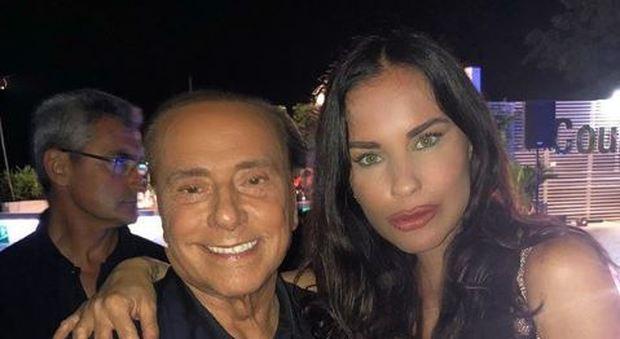 Luigi Mario Favoloso con Silvio Berlusconi e Antonella Mosetti sui social