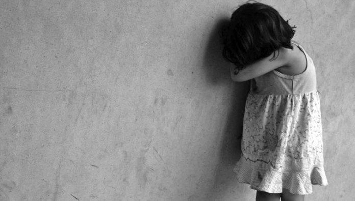 Frattamaggiore, terrore in strada: scippate mamma e figlia