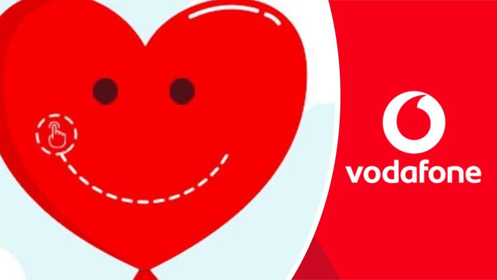 Vodafone happy friday ecco il singolare premio in for Giornata mondiale del bacio 2018