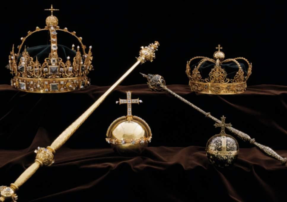 Rubati i gioielli della corona svedese. I ladri fuggono in motoscafo
