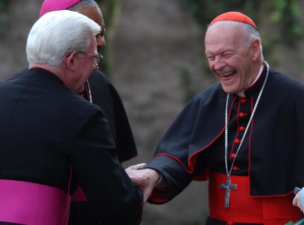Chi è Monsignor Viganò, l'arcivescovo che ha accusato Papa Francesco