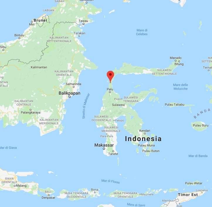 Terremoto Indonesia, già 832 morti: le condizioni degli italiani