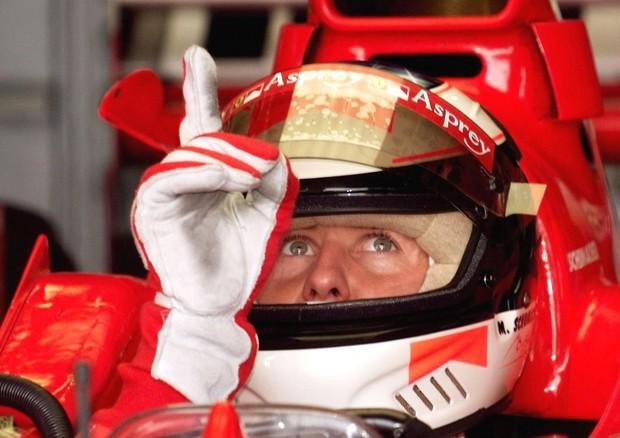 F1, Michael Schumacher non è più costretto a letto?