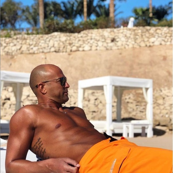 Stefano Bettarini concorrente dell'isola dei famosi 2019 le parole della Ventura