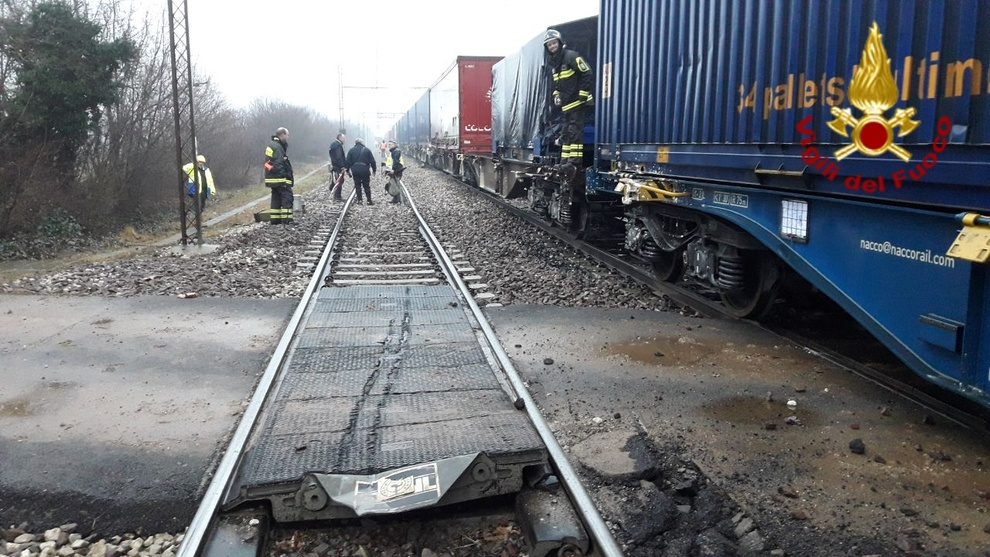 Treviso, scontro fra treni merci: bloccata la linea per Vicenza