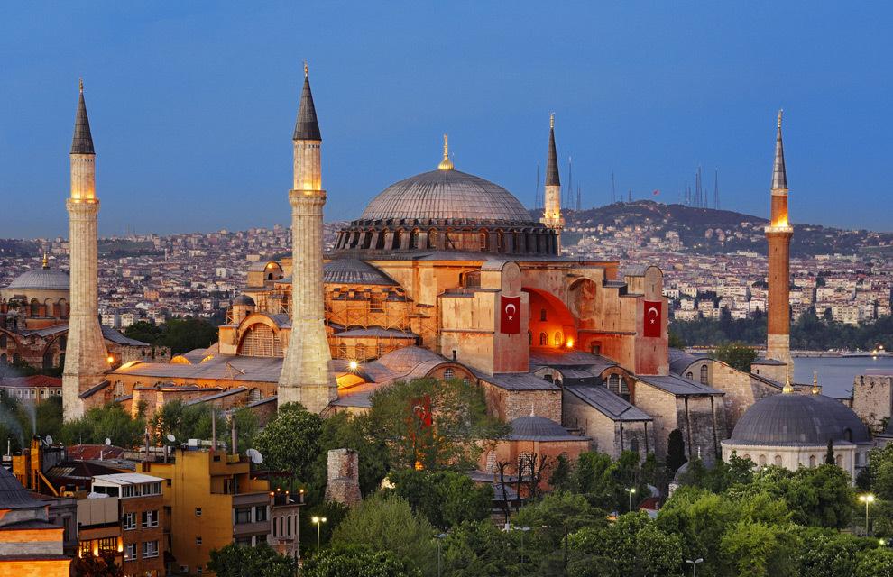 Santa Sofia, l'annuncio di Erdogan: