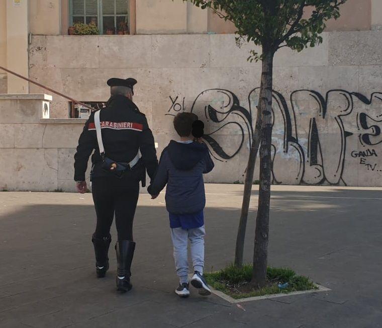 Roma choc: «Ho paura dell'esame», fugge da scuola a 11 anni. Ritrovato dai carabinieri mentre vaga per strada