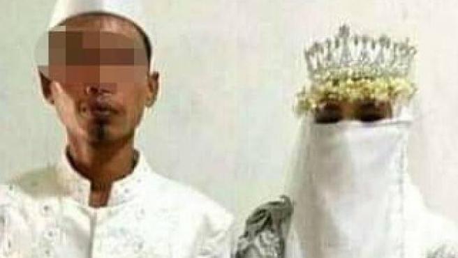 Chiede il divorzio due giorni dopo il matrimonio: «La sposa in realtà era un uomo»